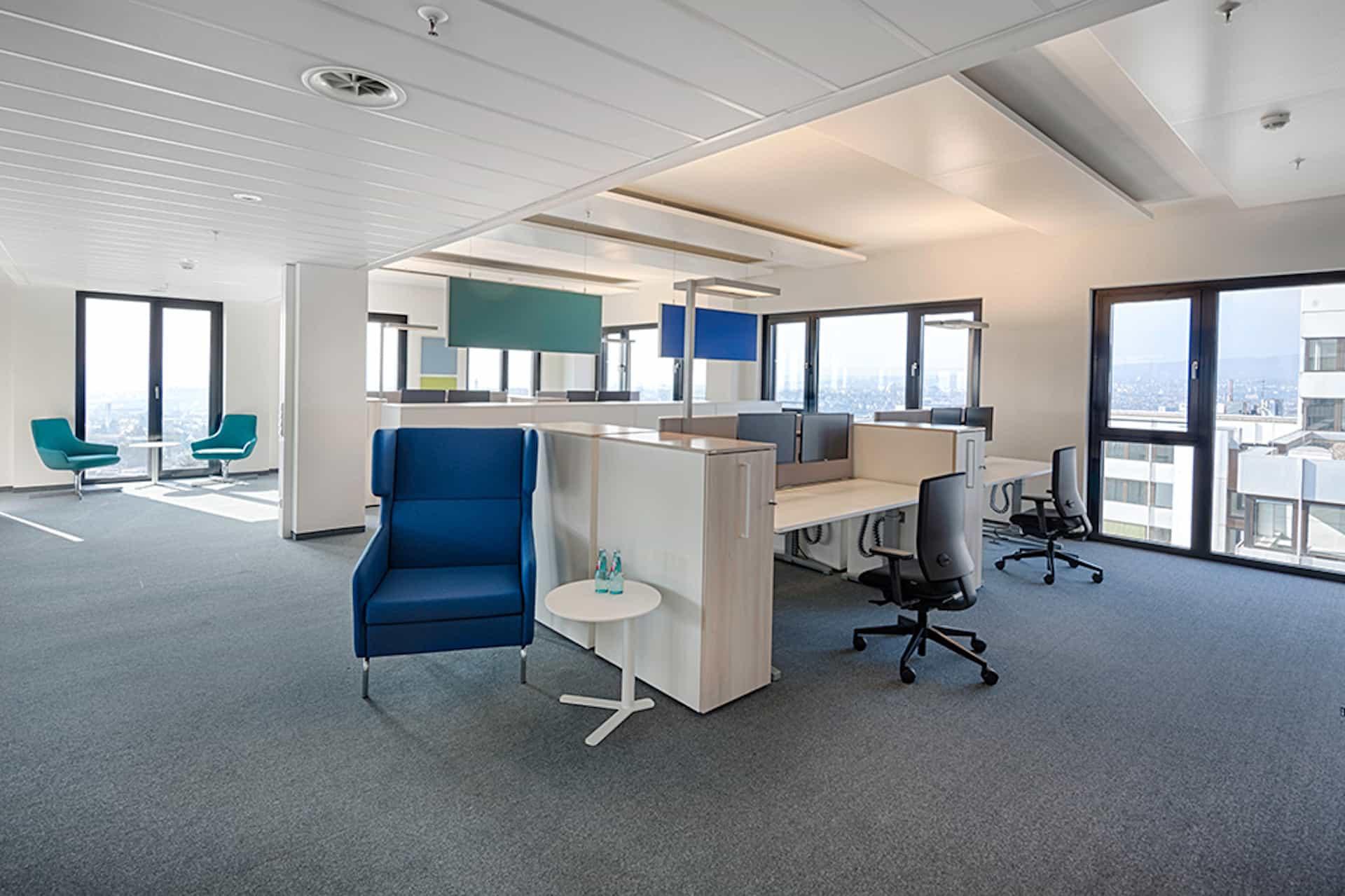 Büromöbel und Raumtrenner