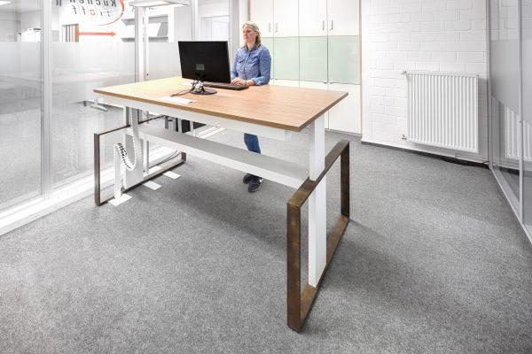 Bueromöbel Braunschweig Höhenverstellbarer Tisch