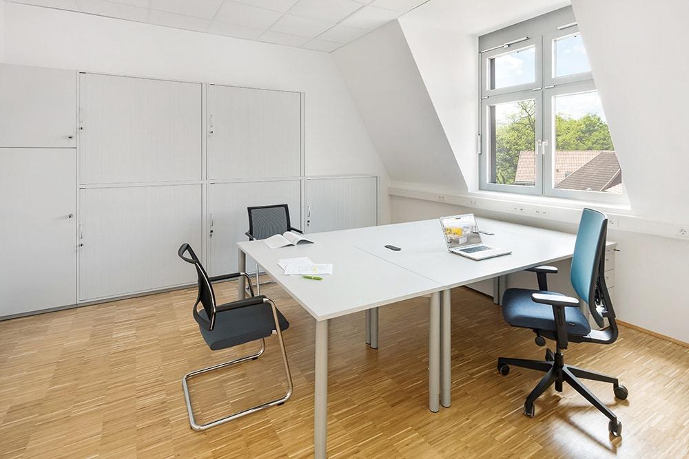 Bürostuhl, Arbeitsplatz Dachschräge