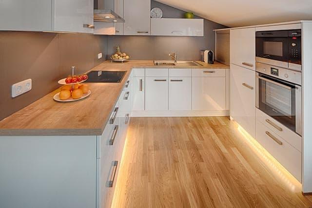 Küchentreff Einbauküche Dachschräge
